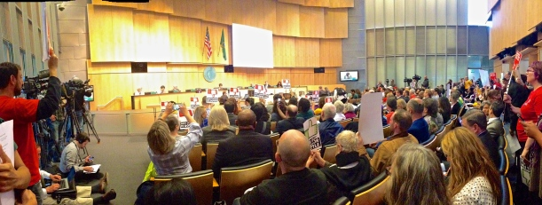 $15/hour minimum wage proposal passes through Seattle City Council's committee with a unanimous vote.